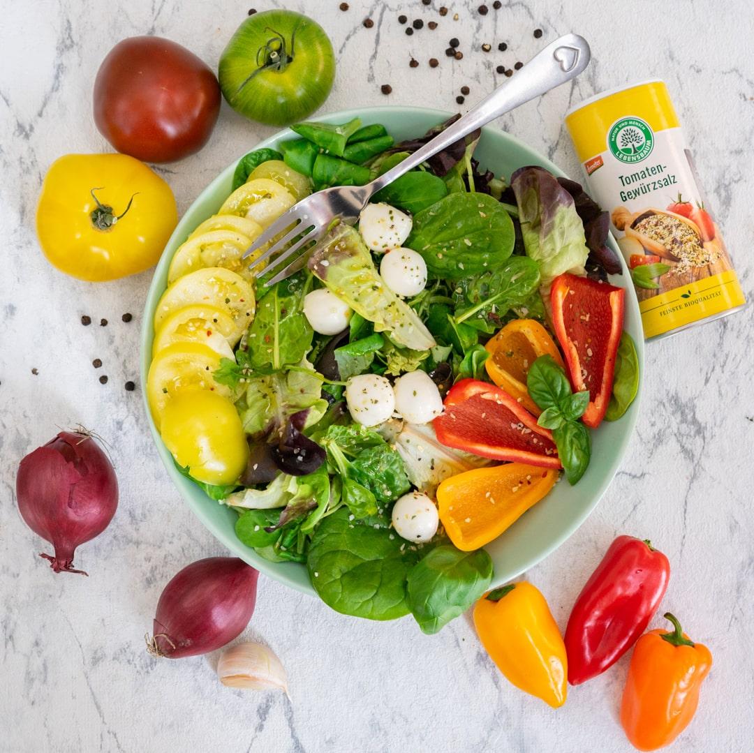 tomaten-gewurz-salat-4-min