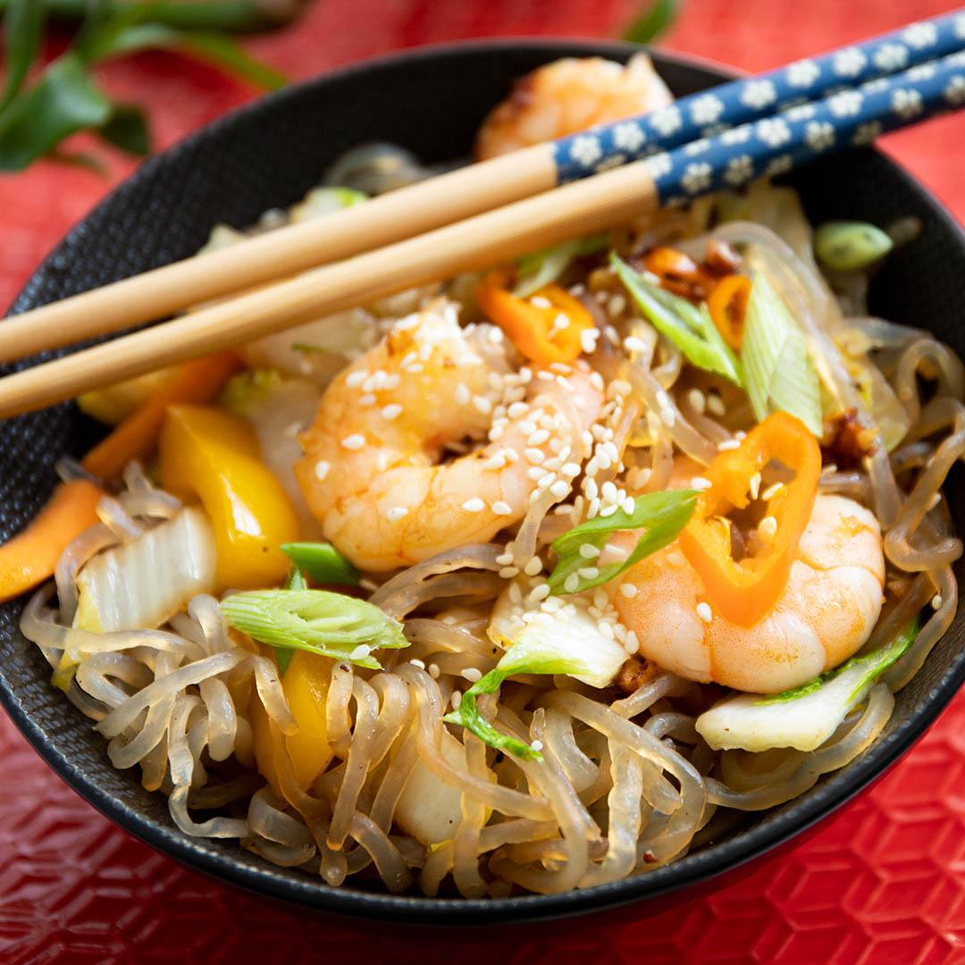 Asiatische Low-Carb & Keto Nudelpfanne