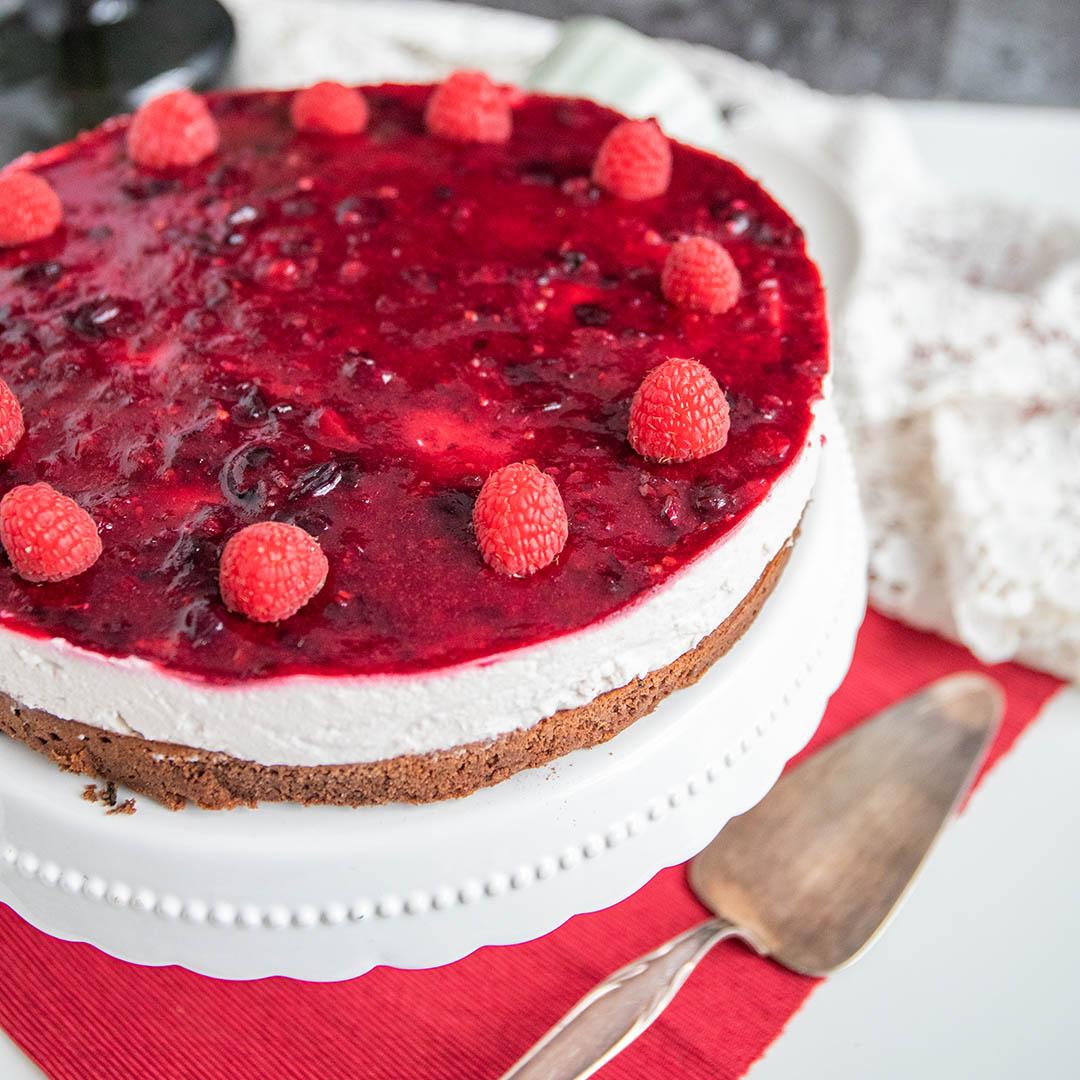 Low-Carb & Keto Himbeer-Brownie Torte