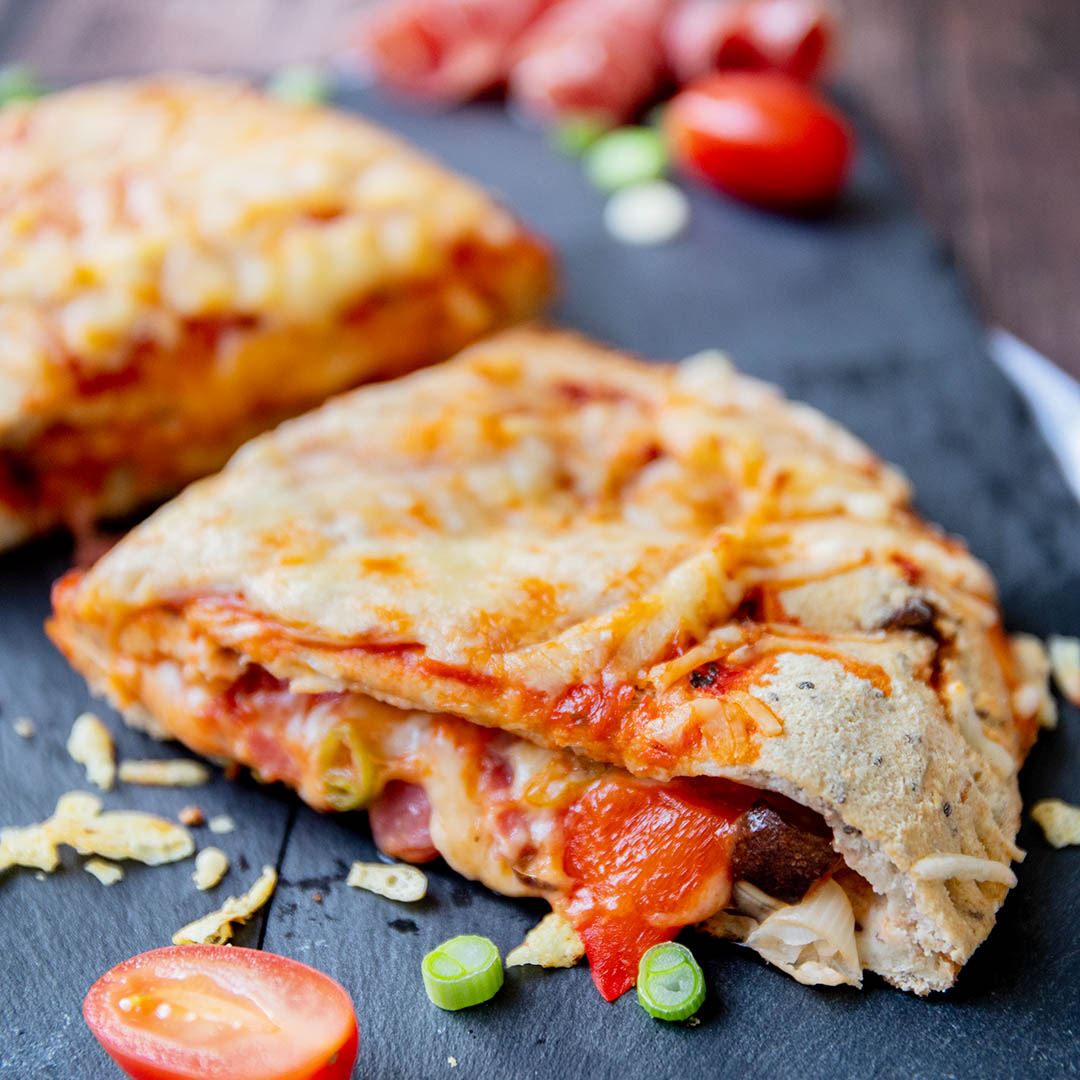 Low-Carb & Keto Calzone