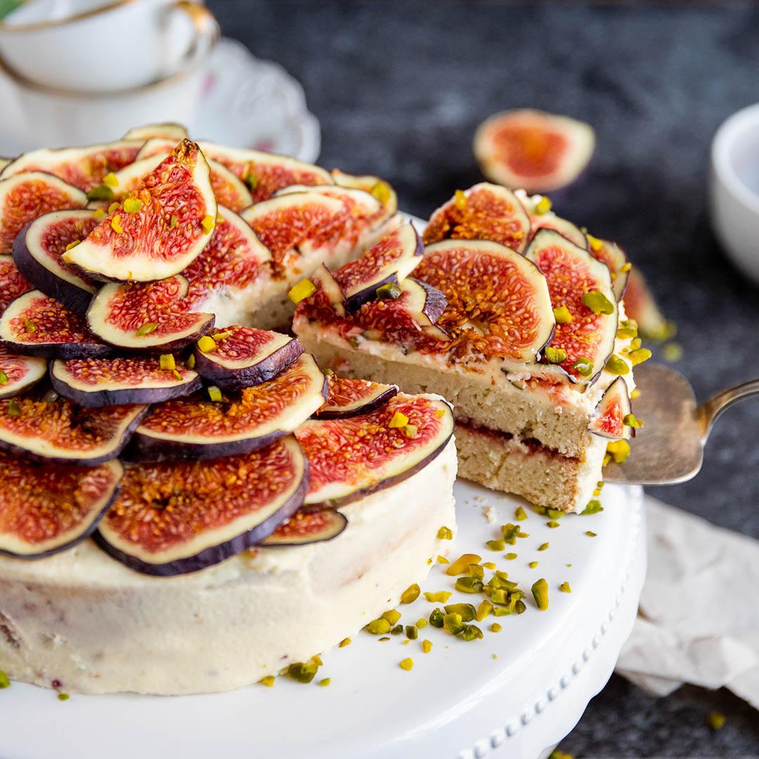 Low-Carb & Keto Feigen-Kokos Torte